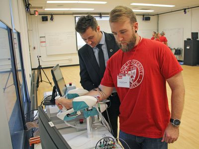 Student in new Neuromechanics and Ergonomics lab