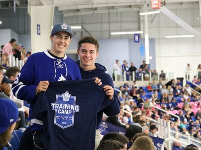 Students at Toronto Maple Leafs event